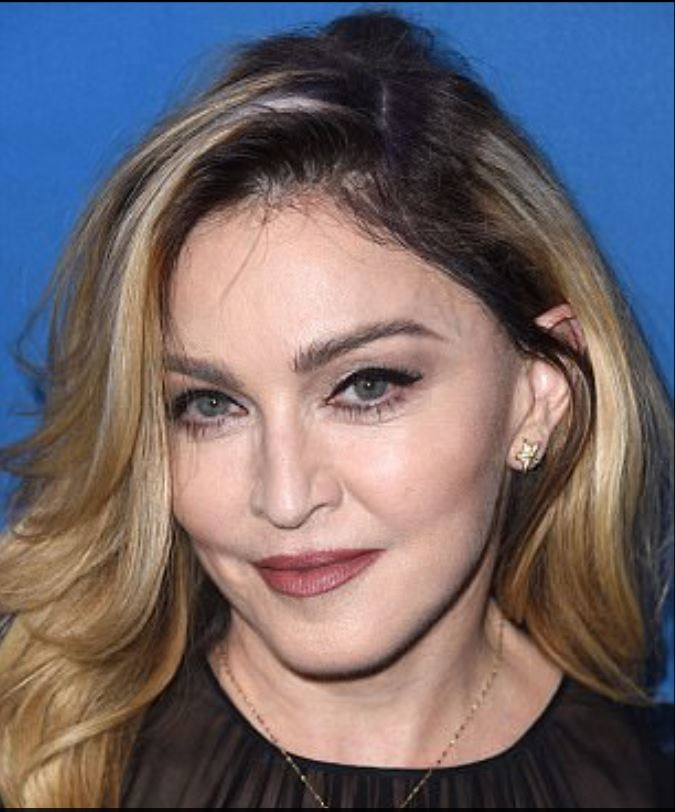 Celebrities Who Swear by Microblading